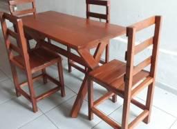 Mesa jantar  de madeira rústica
