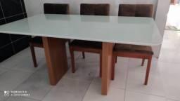Título do anúncio: Mesa de madeira e acabamento laka Herval
