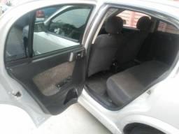 Vendo Astra Sedan 2000