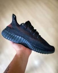 Adidas Yeezy Boost 350 V2 Importado