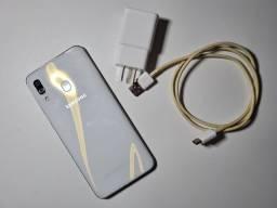 Samsung A30 branco semi novo
