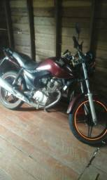 Eu tenho uma moto pra alugar ou trocar em outra moto contato - 2012