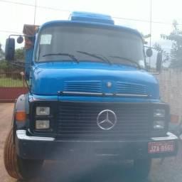 Caminhão da Mercedes Benz Vasculante 1518 - 1984