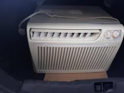 Ar condicionado Springer 12 mil BTUs