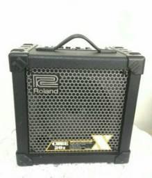 Caixa roland cube 20x para guitarra com efeitos