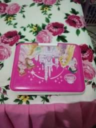 Vendo um dvd portatil da princesa