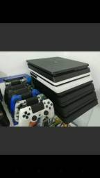 Playstation 4 branco ou preto