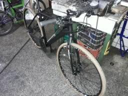 Vendo bike aro 29 com pneus 700/38