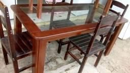 Mesa em madeira e tampo de vidro 300 reais zap 986173920