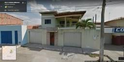 Casa na Rua Coriolano Milhomem, próximo ao Colégio Militar