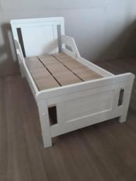 Mini cama em MDF NOVA