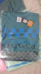 Vendo camisetas novas com etiqueta no plastico novas