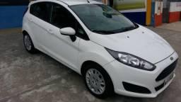Ford Fiesta Hatch 1.5 Branco 2015 Completo Único dono