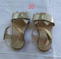 Sandálias novas feminino