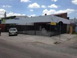 Sobrado Comercial e Residencial no Bairro Sitio Cercado com 300m²