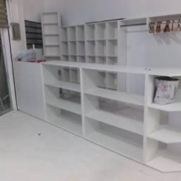 Vai montar sua loja fazemos móveis sob medidas, faça já seu orçamento