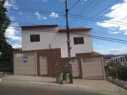 Duplex 2 Quartos com Quintal