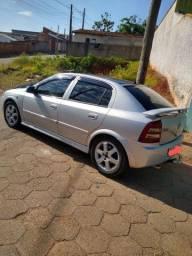GM Astra Automático