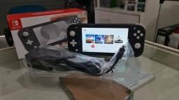 Nintendo Switch Lite Cinza 32GB + 1 Jogo Físico & 1 Ano de Garantia ( Loja física )