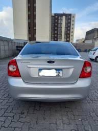 Título do anúncio: Ford focus sedan 1.6