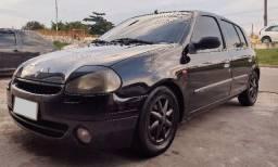 Renault Clio RT 1.6 8v Ano 2000 - Completo - Não para mais IPVA