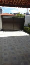 Alugo casa para comércio com escritório ou residência