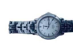 Relógio Seiko slim titanium.