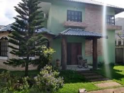 Casa no Condomínio Manari