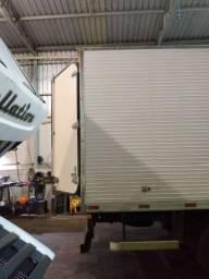Caminhão baú refrigerado thermo king 3/4