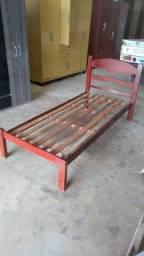 Título do anúncio: cama solteiro madeira entrego dentro Uberlândia