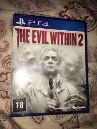 Troco ou vendo The evil within 2 excelente estado