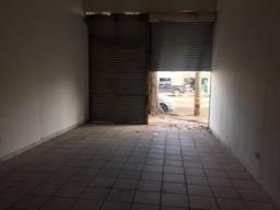 Salão comercial na avenida Marechal Rondon