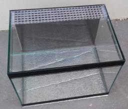 Terrário Cage De Vidro 34x25x25cm + Tampa p/ Aranha - Répteis + Grade Acrílica Ventilação