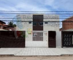 Casa Prive 2 e 3 quartos e onibus na porta em Pau Amarelo - Paulista