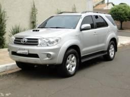 Toyota SW4 SRV 3.0 4x4 - Automática - 7 lugares - Abaixo da Fipe - 2009