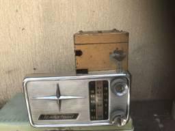 Rádio Automotivo antigo