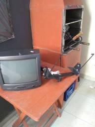 Tv 14 Philco e suporte
