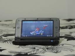 Nintendo 3DS XL com 5 jogos