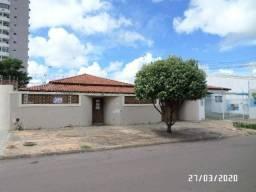 Vende-se casa na Vila Aurora, em Rondonópolis/MT;
