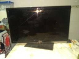 Tv Samsung 40 polegadas tela trincada