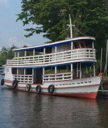 Barco para passeios