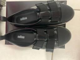 Título do anúncio: Melissa Easy Sneaker Preta
