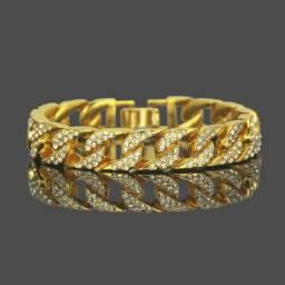 pulseira cuban cravejada iced dourada