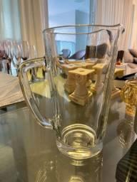 Título do anúncio: Linda jarra de vidro camicado usada 2x!!