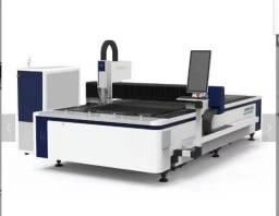 Maquina de corte a laser fibra ótica 1500w excelente performance e baixo custo produtivo