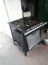 Fogão Indústrial de 4bocas com forno muito show