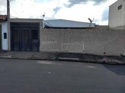 Casa para alugar com 3 dormitórios em Jardim cruzeiro do sul, Sao carlos cod:L33643