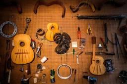 Manutenção e Conserto de violão, Guitarra
