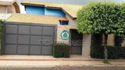 Título do anúncio: Sobrado com 3 dormitórios à venda, 267 m² por R$ 1.295.000,00 - Monte Carlo - Campo Grande