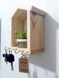 Porta Chaves de Madeira